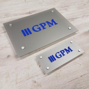 Szyldy i tablice wewnętrzne, tabliczki przydrzwiowe